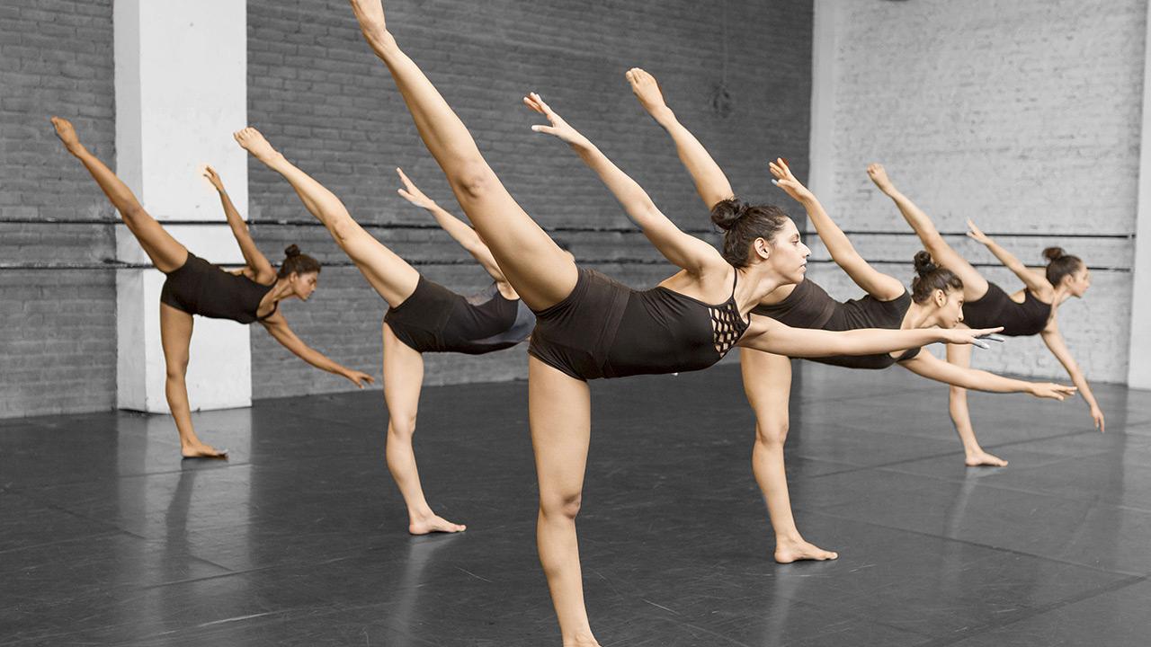 Pro Training Dance Acadamy in Mumbai