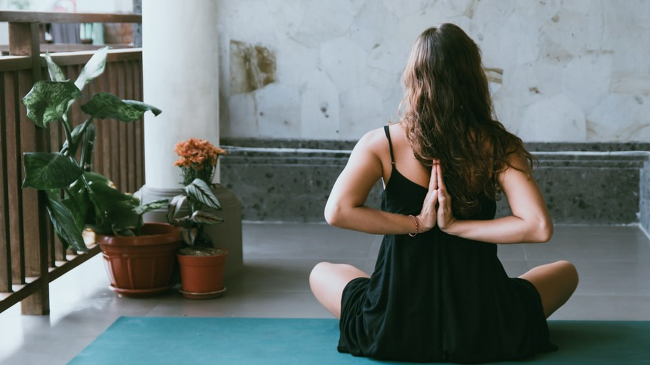 Online Yoga Center in India | The Dance Worx
